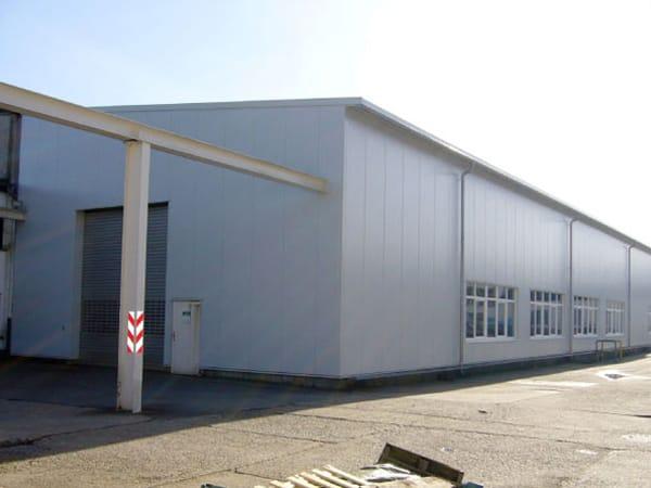 Gebäudesanierung Produktionshalle