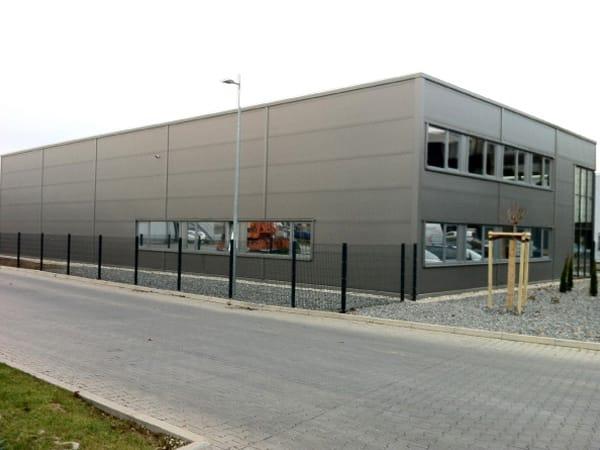 teilschlüsselfertiger Hallenbau Lagerhalle