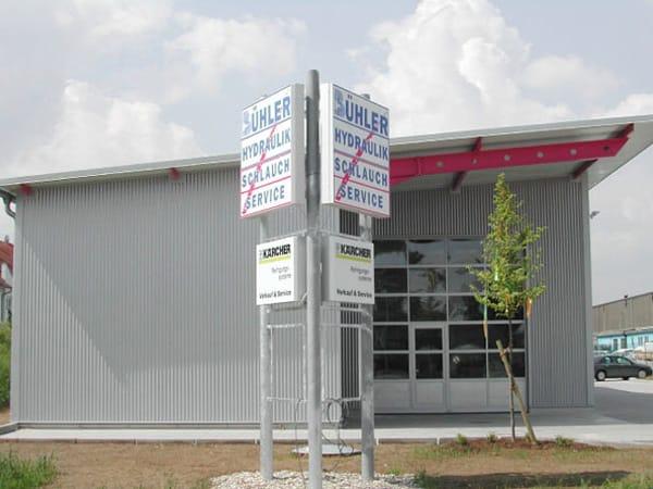 Werkstatthalle mit Büro Bühler