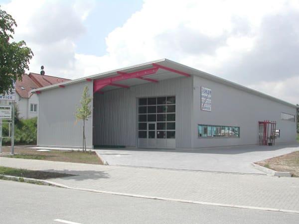 Werkstatthalle mit Büro Pforzheim