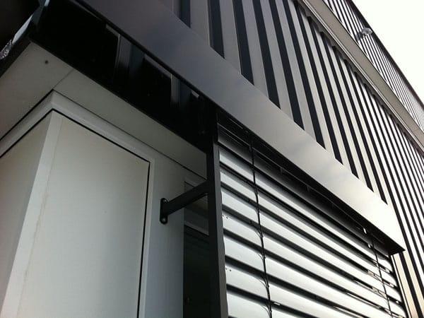 Fassade Lagerhalle mit Büro