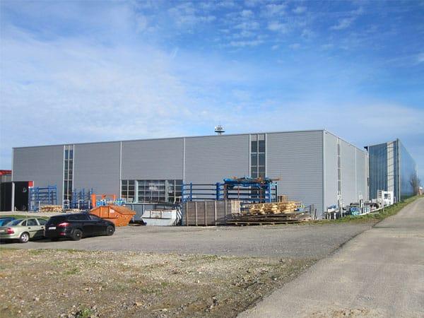 Industriehalle mit Büro Kunzmann