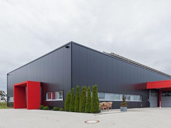 Neubau Gewerbehalle